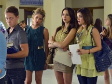 Pretty Little Liars 03x01 : It Happened - Seriesaddict